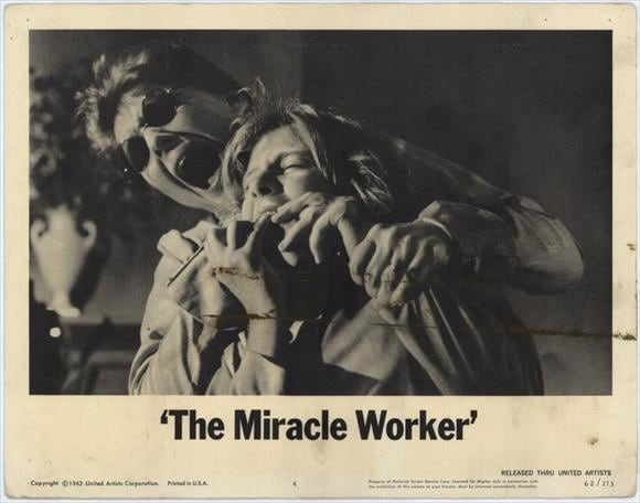 a comparison of the miracle worker the play and the movie