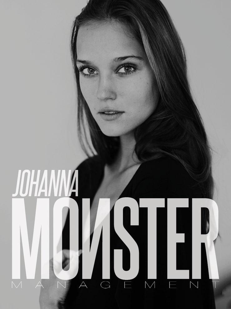 Johanna Szikszai