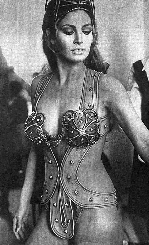 what is the age of raquel welch