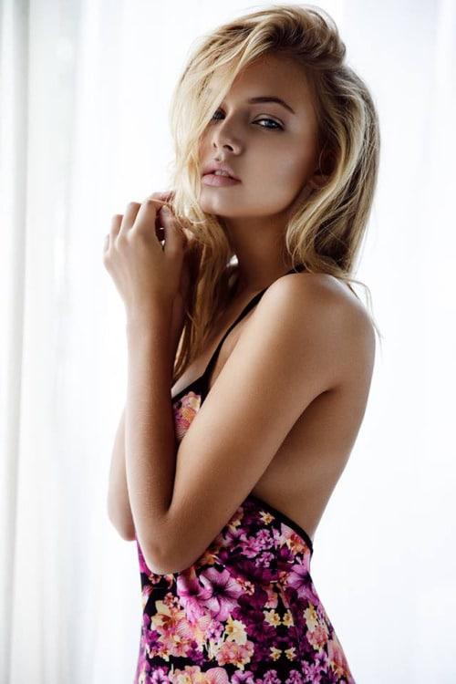 Bella Oelmann