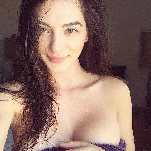 andreea bolbea naked