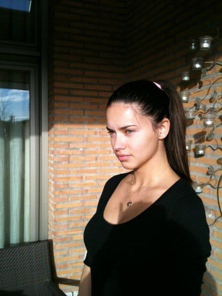 Morena Mia... 600full-adriana-lima