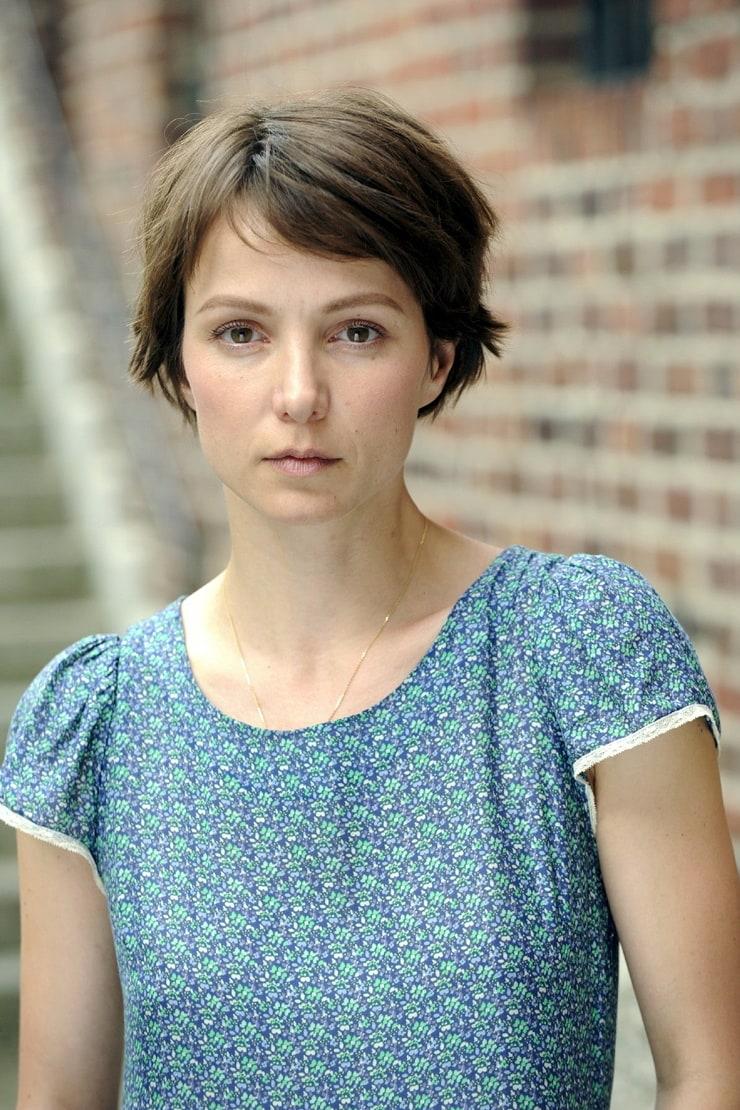 Picture of Julia Koschitz