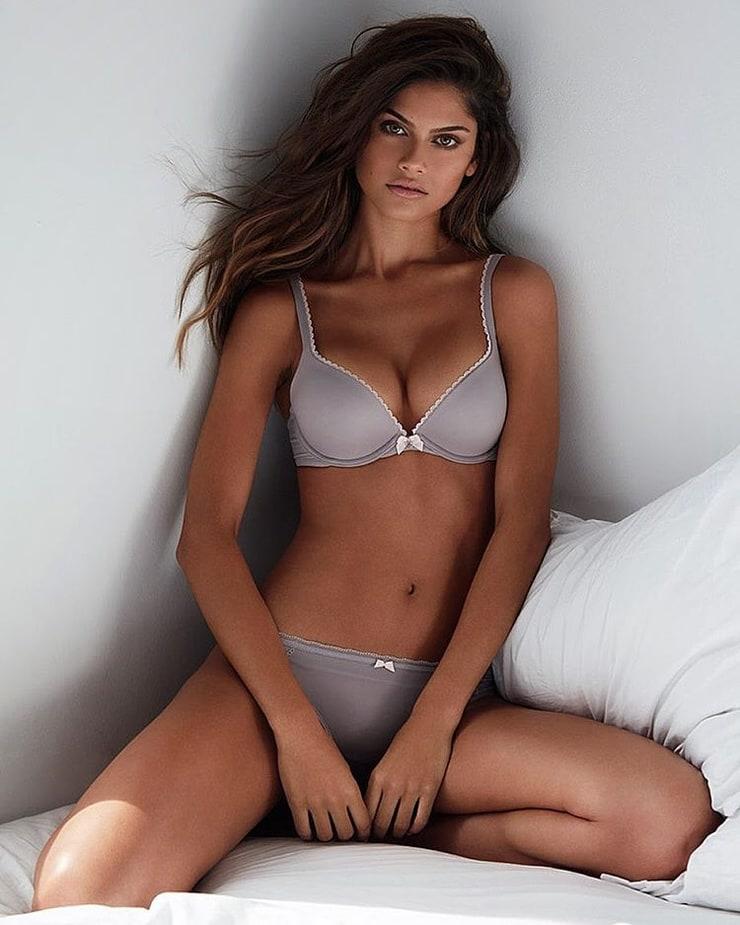 Lini Kennedy Oliveira