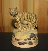 Tiger Figurine Music Box, Tiger with Cub - Ceramic