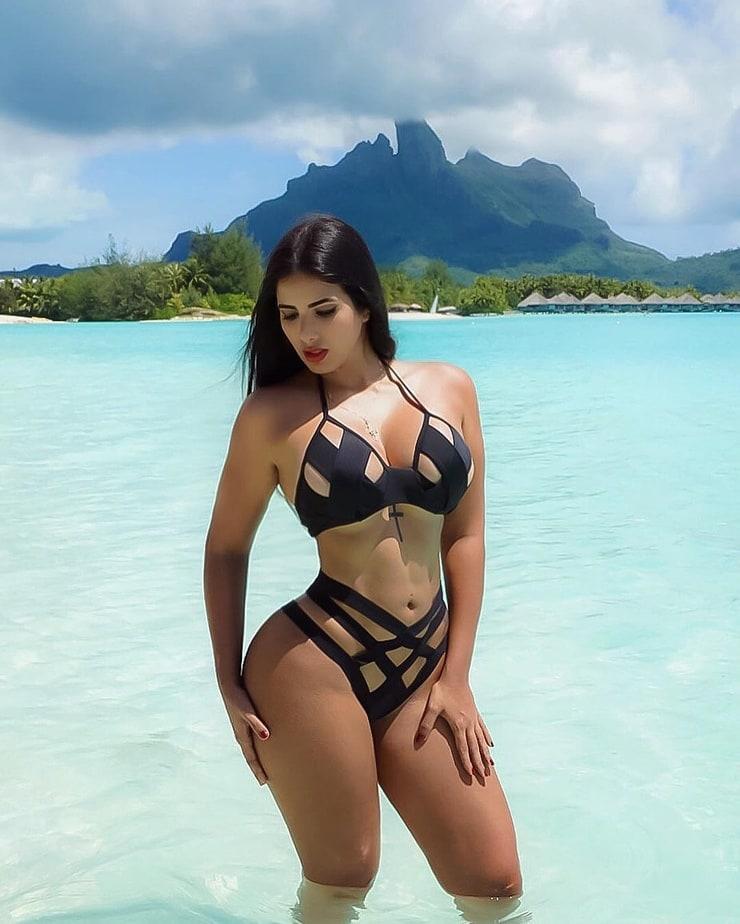 Maria Gabriela Lobaton