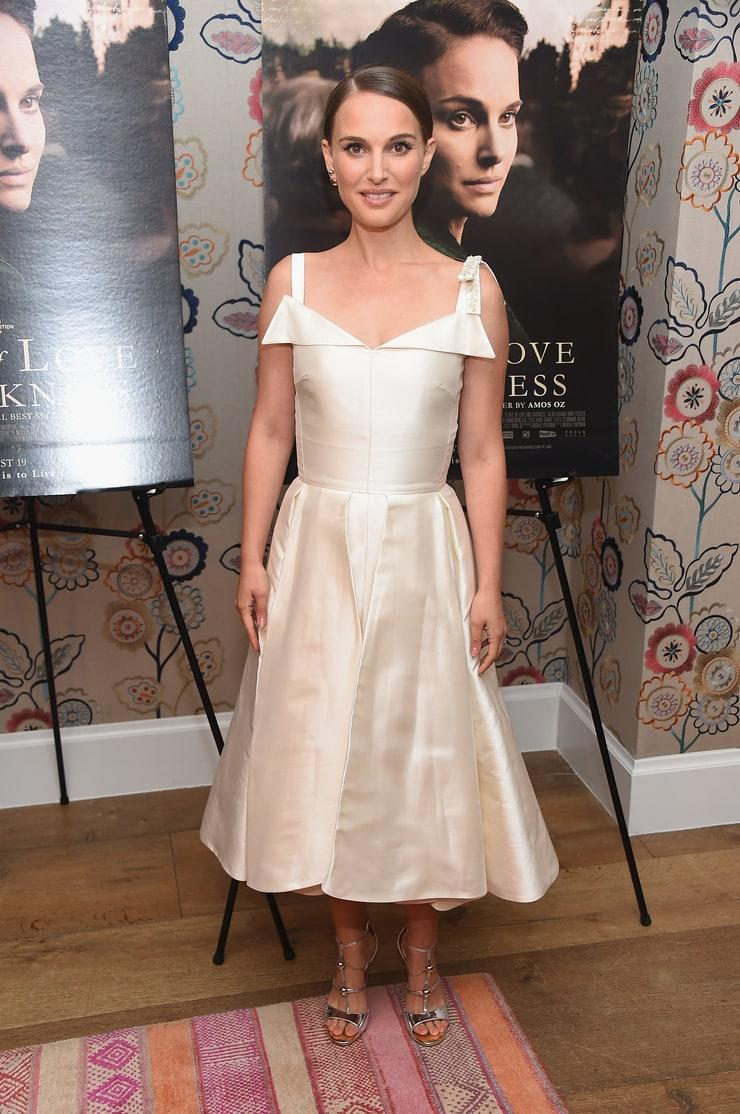 Natalie Portmanen blanc