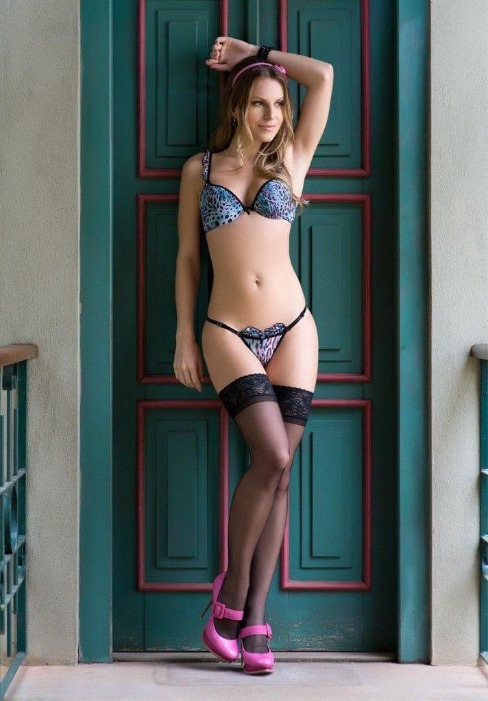 Larissa Weiss