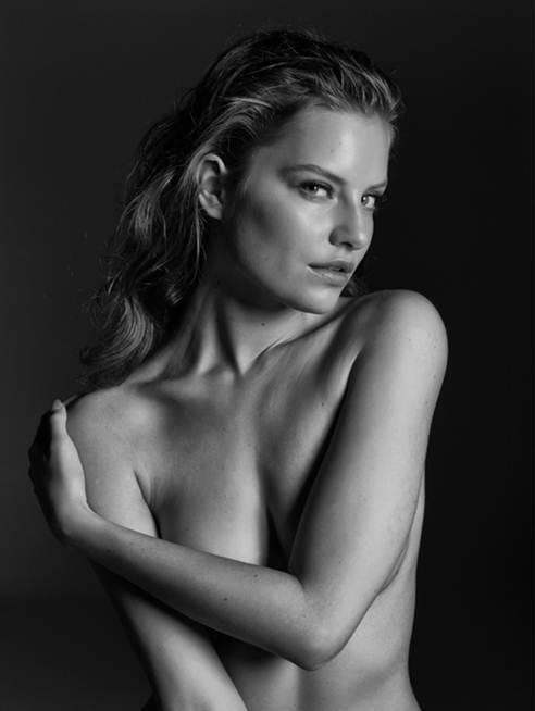 Emma Hernan photos