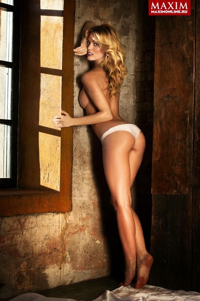 Фото голых девушек максим