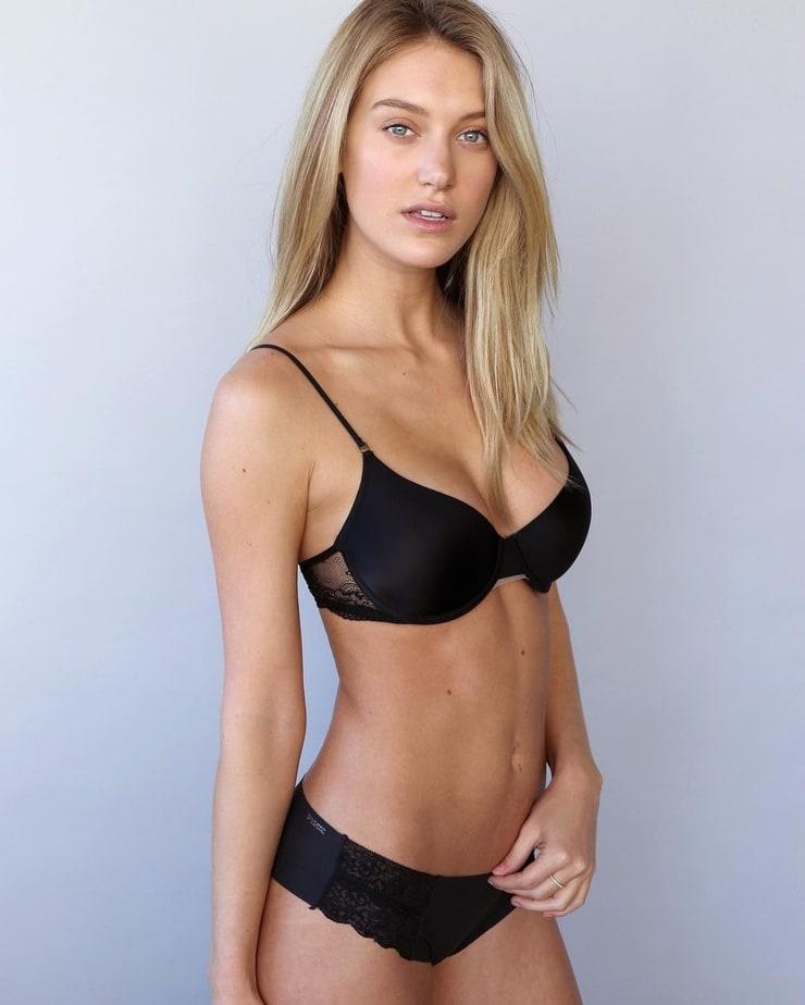 Caroline Lowe