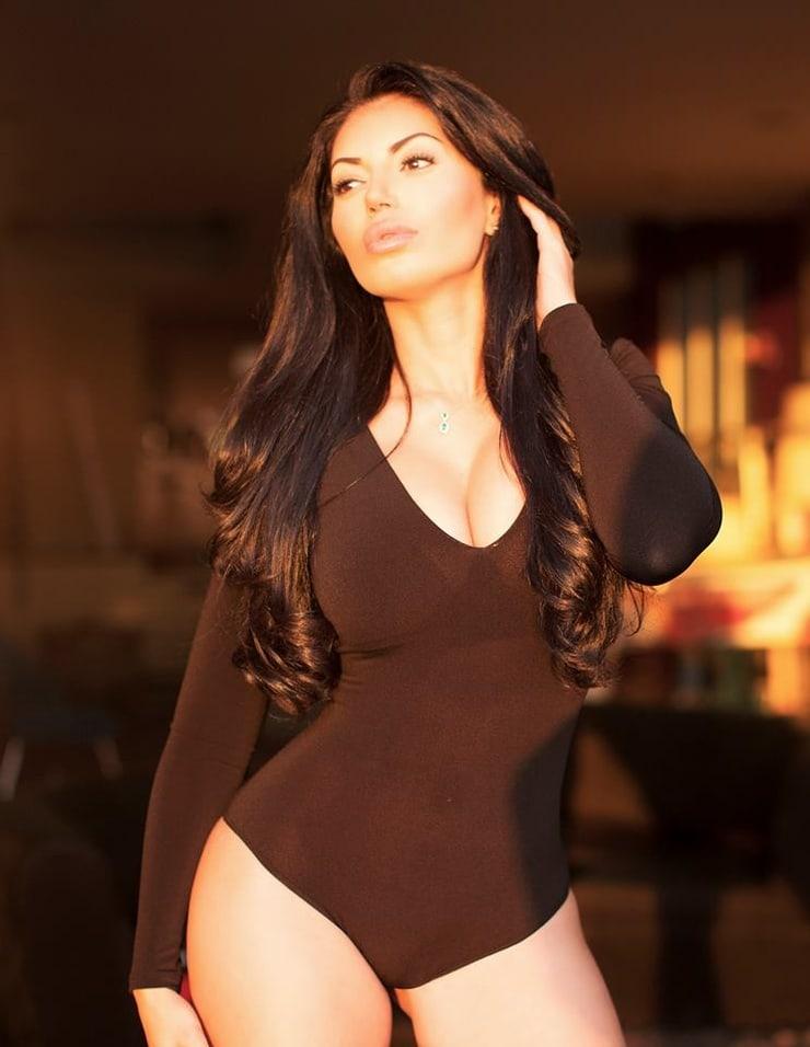 Picture of La Bella Reina