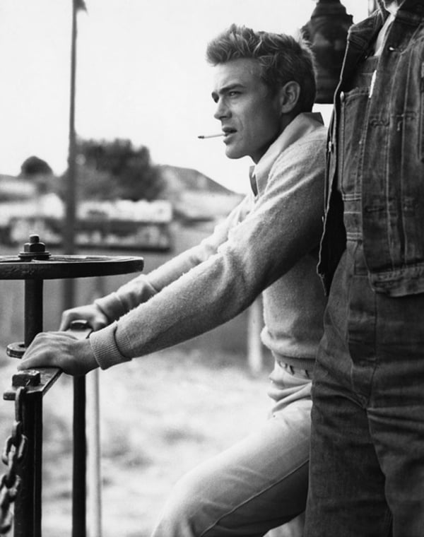 [Image: 600full-james-dean.jpg]