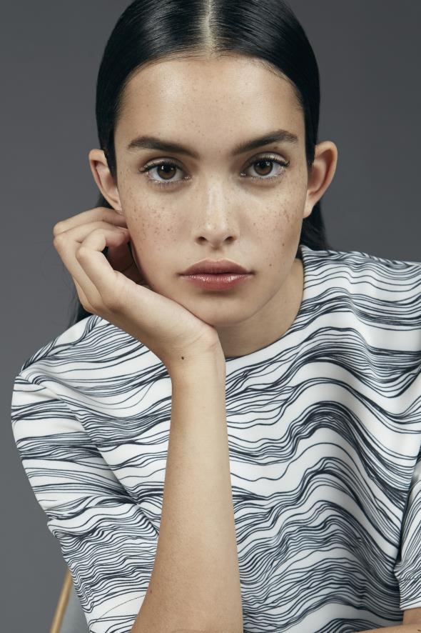 Zoe Barnard