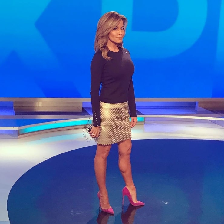 Picture Of Robin Meade