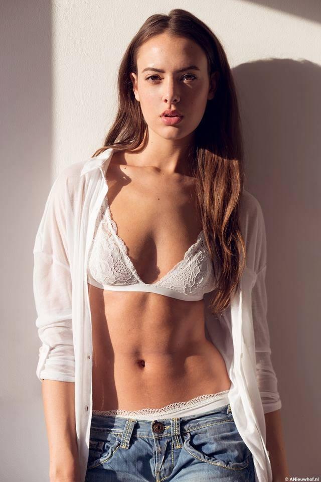 Zoey Ivory