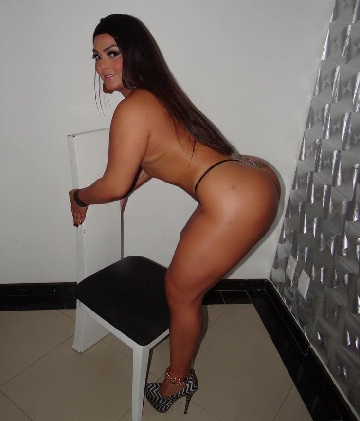 Hot babes having wild erotic sex 2