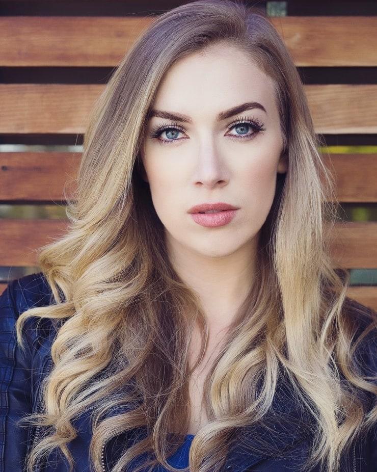 laura jacobs model