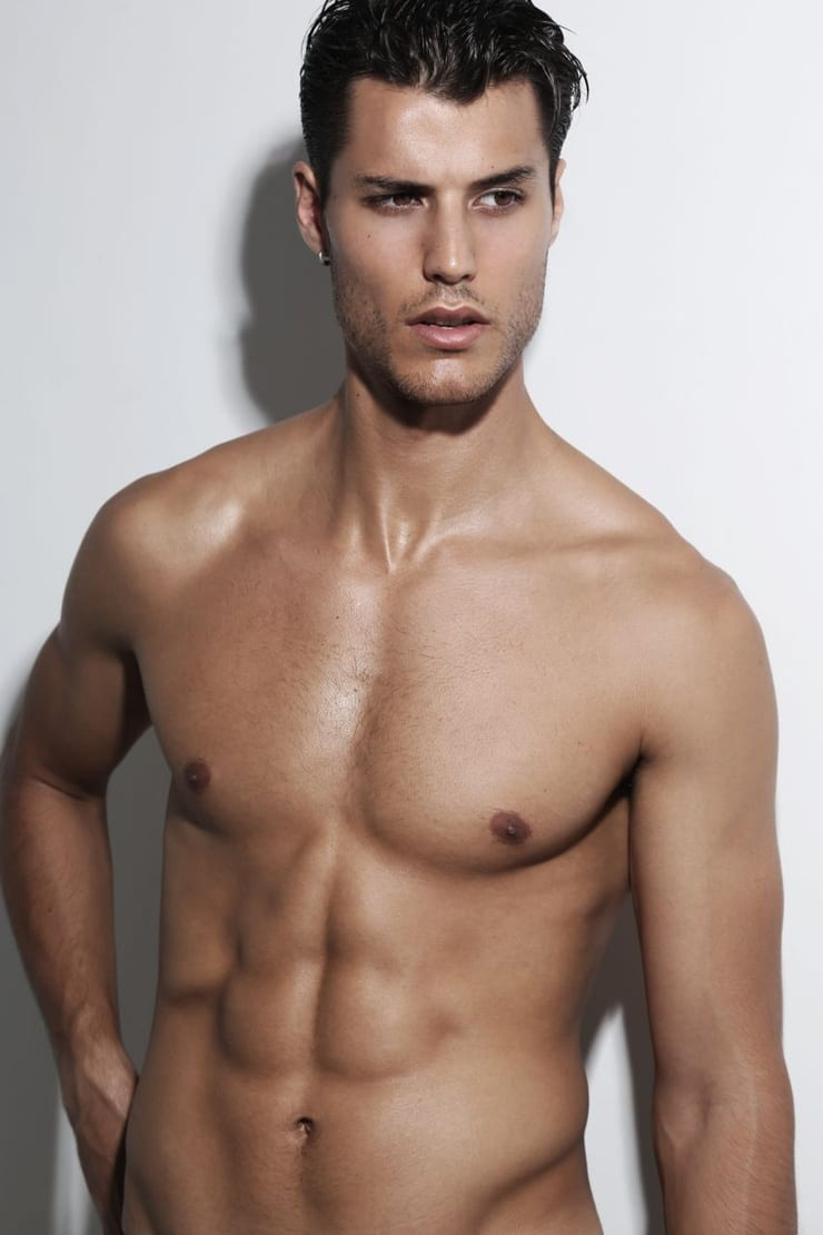 Emilio Flores