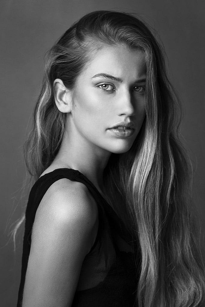 Nena de Vries