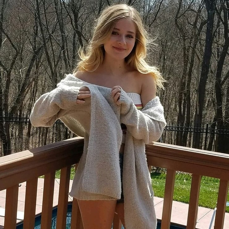 pictures of jackie naked on msn