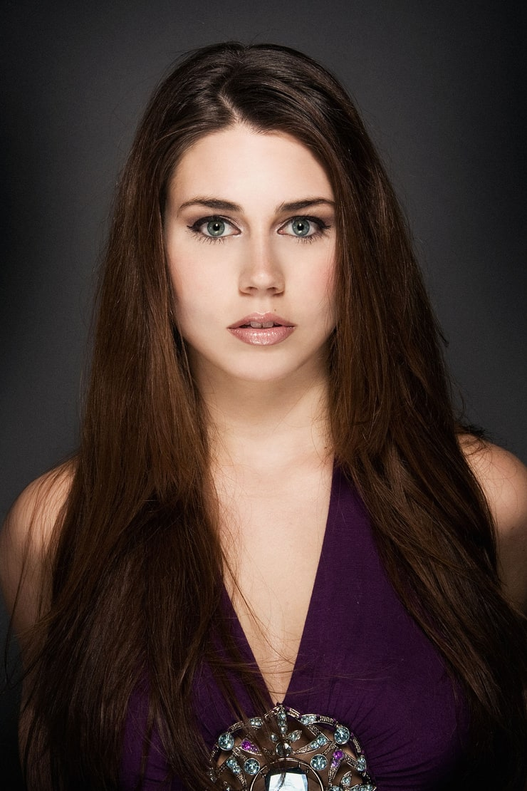 Kelly Anne Lyons