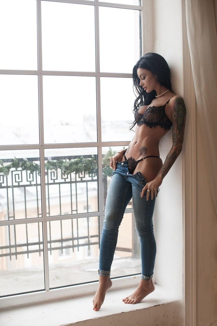 Anya Sugar