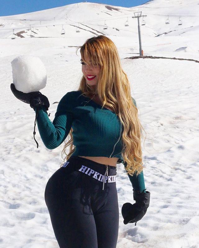Alencar adriana Adriana Alencar