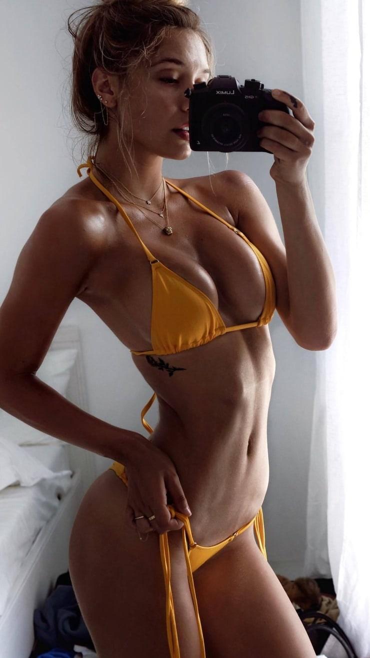 Christa b allen fappening nude (46 photo)
