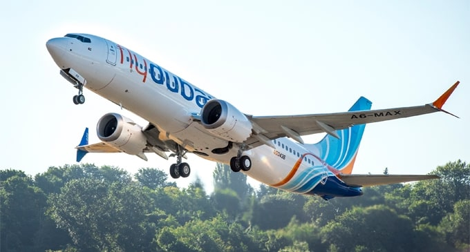 flydubai receives its first 737 MAX 8 from Boeing