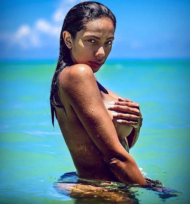 Erica Mena
