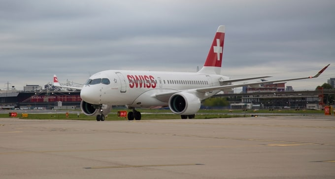 Bombardier C Series Aircraft completes first commercial flight from Zurich to London