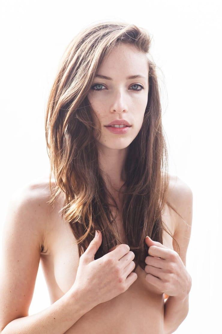 Nicole Stark Nude Photos 100