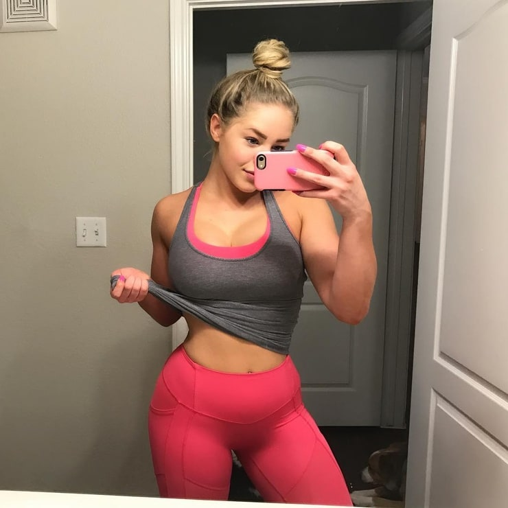 Picture of Courtney Tailor