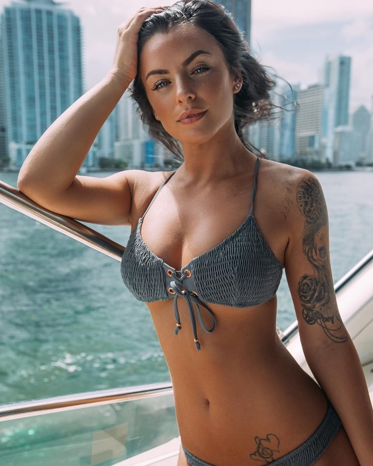 Sexiest tattooed women in the world nude