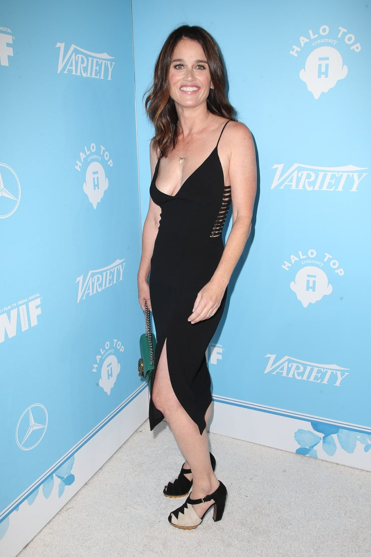 Watch Robin Tunney video