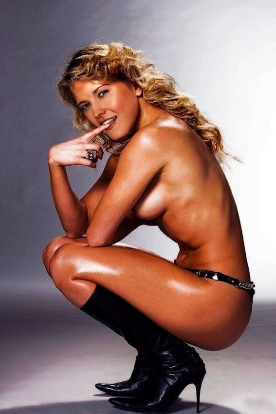 Big breast nude image-5603