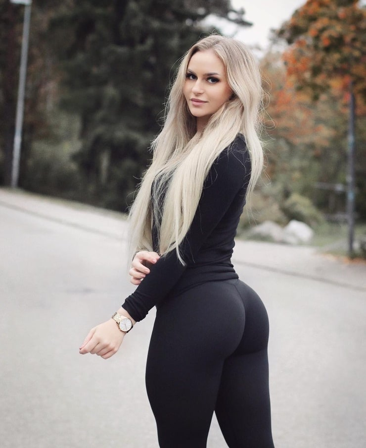 Picture Of Anna Nystr 214 M