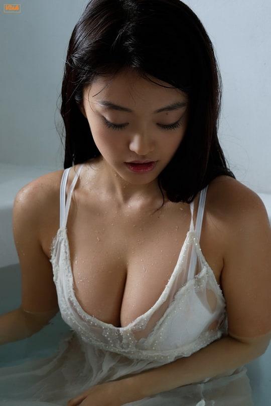Picture of Mari Yamachi