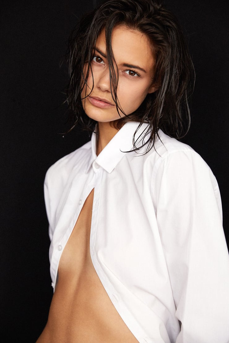 Sideboobs Young Anja Leuenberger naked photo 2017