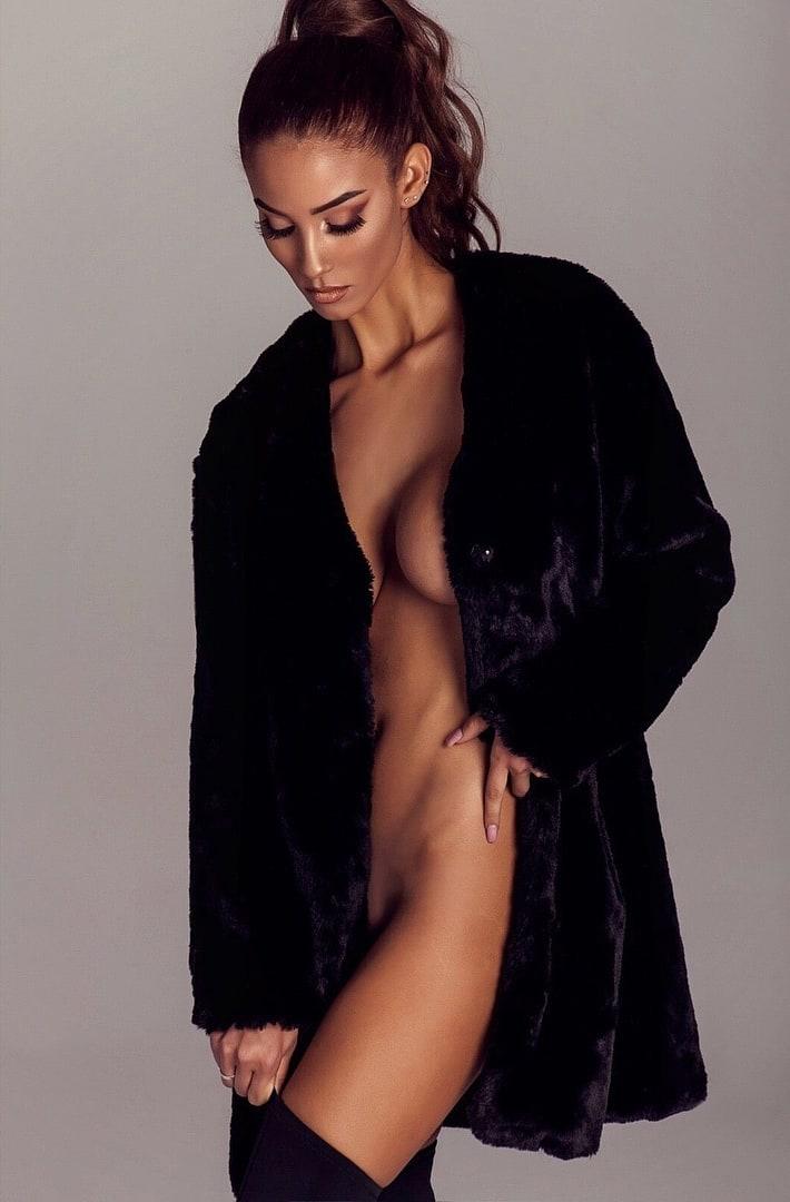 Long hair nude models photos