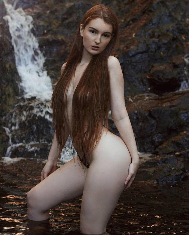 Zoe Rose