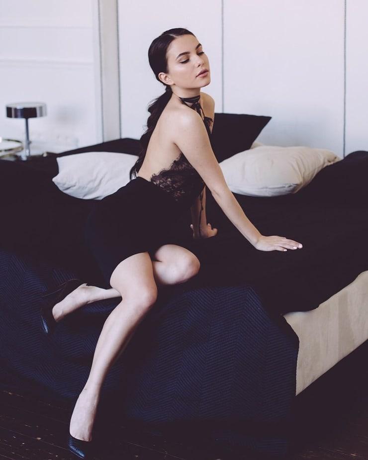 Daria Kly