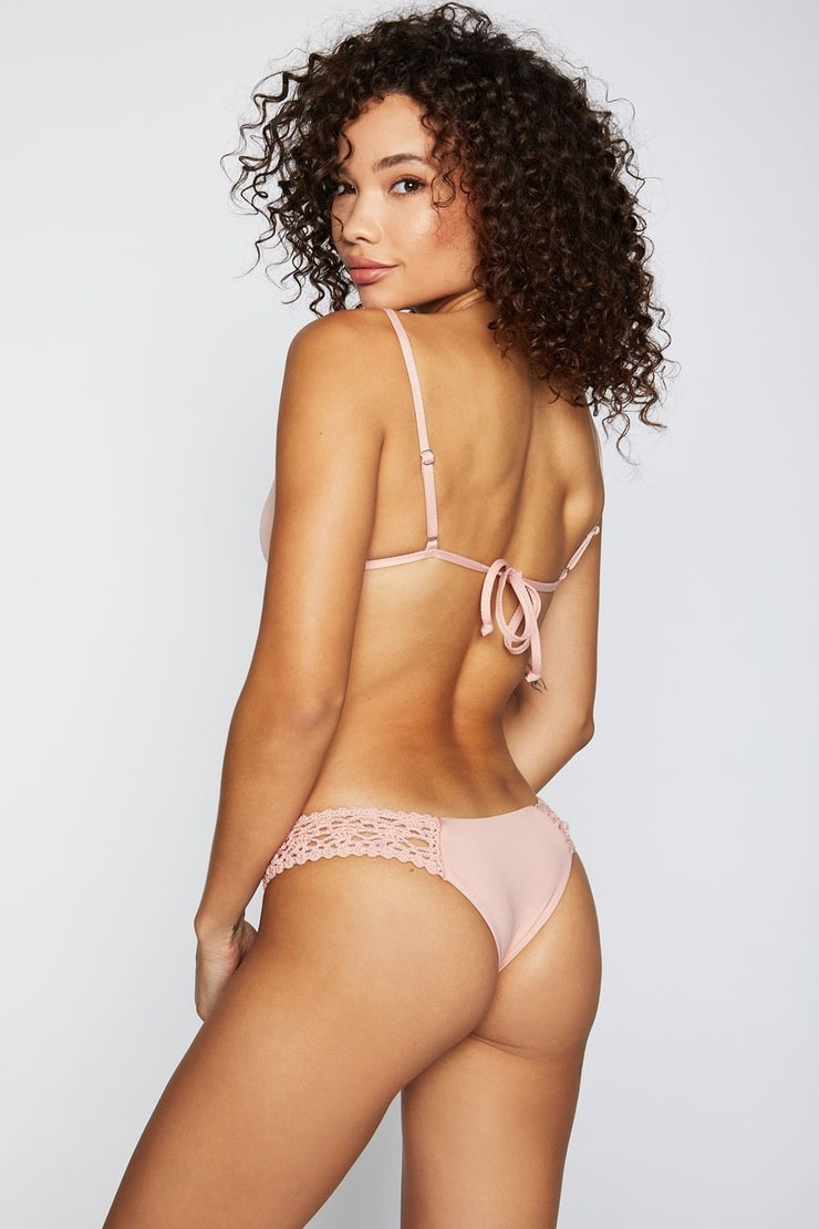 Bikini Ashley Moore nude (11 photo), Ass, Hot, Boobs, legs 2015
