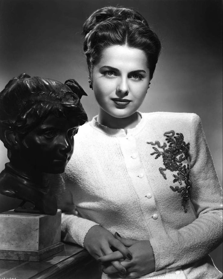 Picture of Martha Hyer Martha Hyer Hal Wallis