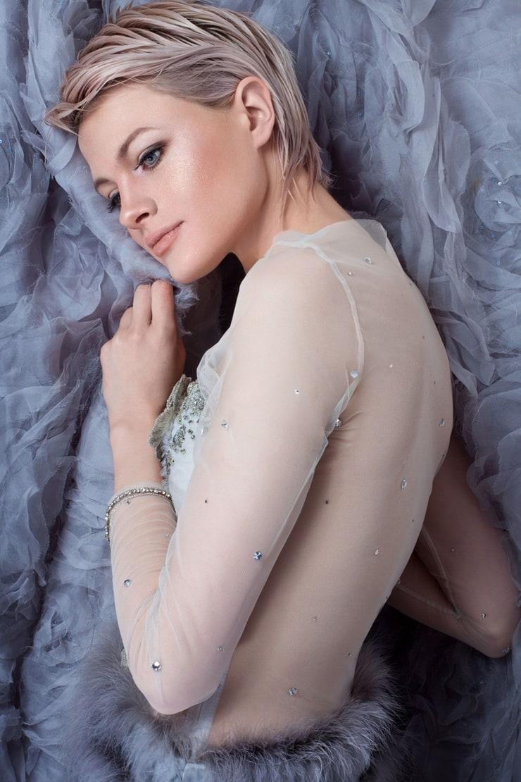 Chloe Jasmine Nude Photos 19
