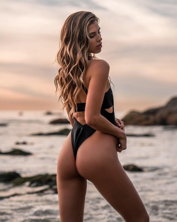 Allie Joelle
