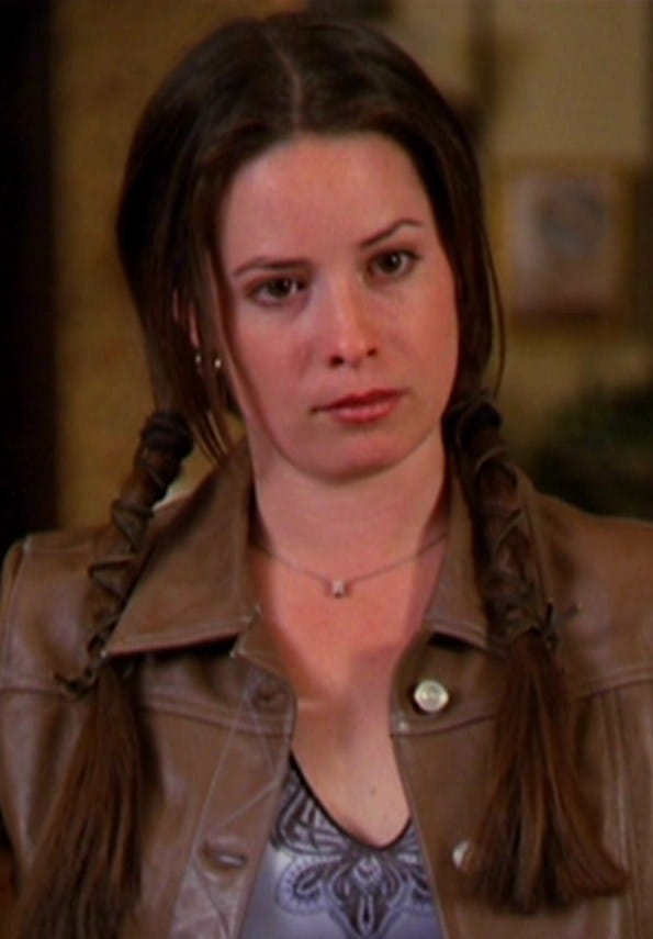 Piper Halliwell GIF - Find & Share on GIPHY