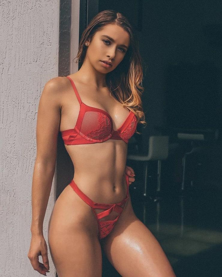 Jesenia Echeverria