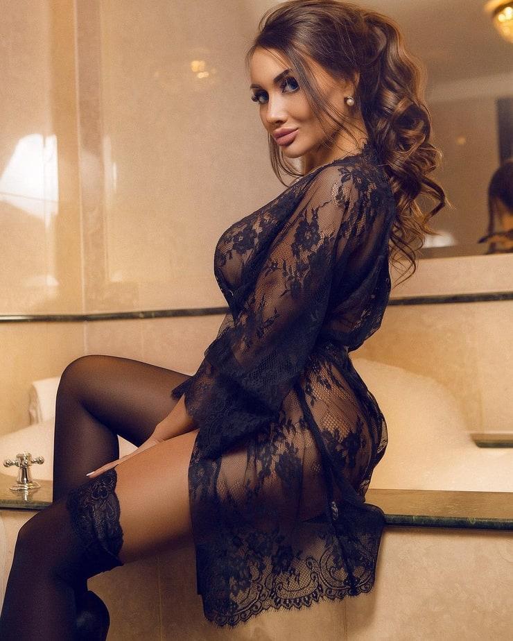 элитные проститутки модели в москве белокурые волосы